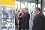 С 27 по 28 сентября ОАО «НПП «Завод Искра» участвовало в работе ХI отраслевой научно-практической конференции «Состояние и перспективы развития отечественной микроэлектроники» и в выставке, работающей в рамках ХI отраслевой научно-практической конференции в городе Новосибирске.