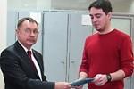 ОАО «НПП «Завод Искра» уделяет особое внимание переподготовке и повышению квалификации кадрового состава.